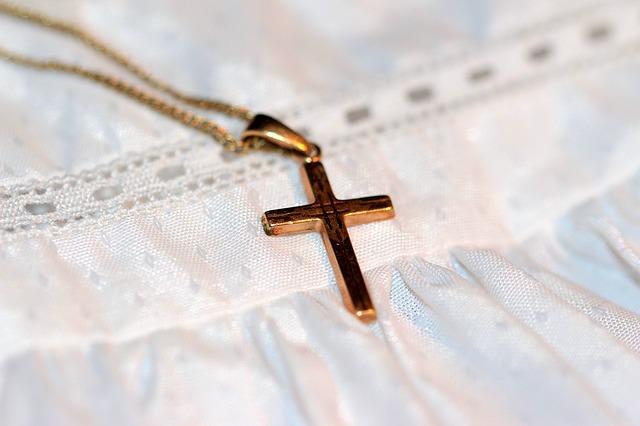 Médaille de baptême : comment en choisir une?
