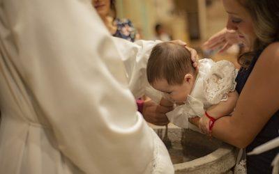 Le baptême est-il une obligation dans l'éducation des enfants ?